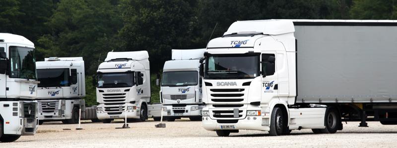 TCMG - Camions sur un parking